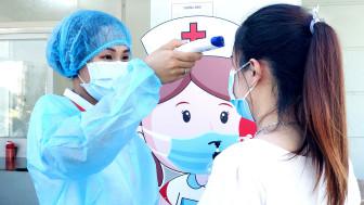Bà bầu ứng phó mùa COVID-19: Người về nước sinh con, kẻ tìm bệnh viện an toàn