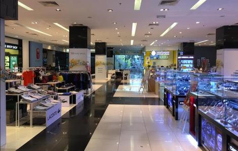 Dịch COVID-19 kéo mua sắm chi tiêu của người tiêu dùng giảm mạnh