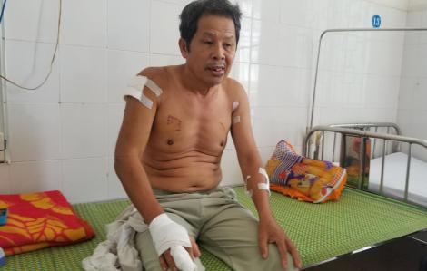 Vợ chồng thương binh già bị hàng xóm hành hung nhập viện