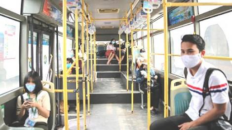 Từ 0g ngày 7/5: Dỡ bỏ toàn bộ quy định giãn cách trên các phương tiện vận tải hành khách
