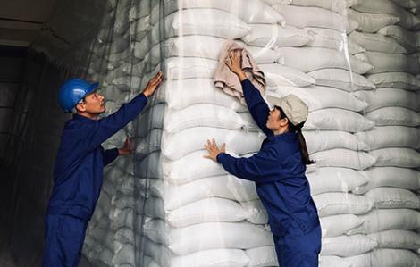Tạm đình chỉ 7 cục trưởng liên quan đến dự trữ gạo quốc gia