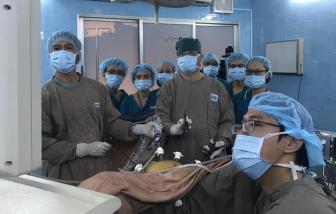 """Lần đầu tiên phẫu thuật nội soi điều trị ung thư âm đạo """"3 trong 1"""""""