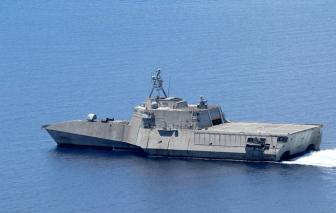 Tàu chiến Mỹ hỗ trợ tàu Malaysia chống sự phá rối từ Trung Quốc ở Biển Đông