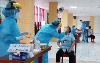TPHCM: Tiếp viên nhà hàng, khách sạn sẽ được tầm soát bệnh COVID-19