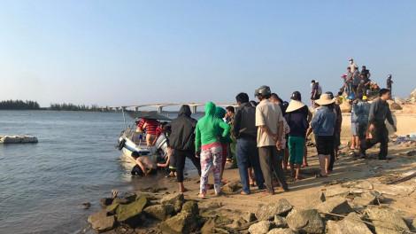 Lật ghe trên sông Thu Bồn khiến 5 người mất tích: Đã tìm thấy 2 thi thể