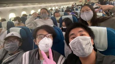 Tôi đã khóc khi nhìn thấy máy bay của Việt Nam