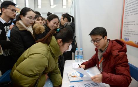 Trung Quốc khởi động chiến dịch tìm việc cho sinh viên mới ra trường