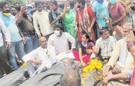 Sau vụ LG Polymers tại Ấn Độ rò rỉ khí độc: Người dân yêu cầu đóng cửa nhà máy