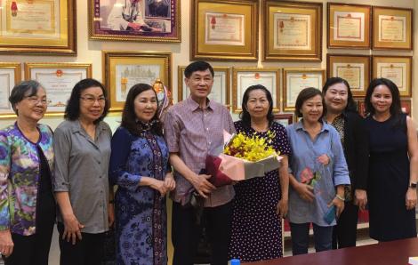 Tỉ phú Johnathan Hạnh Nguyễn tặng 500 triệu đồng hỗ trợ công tác bảo vệ quyền trẻ em