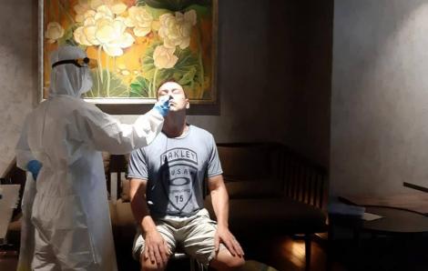 Bệnh viện Chợ Rẫy tìm kiếm nguồn tạng để ghép phổi cho phi công Vietnam Airlines mắc COVID-19 khi đủ điều kiện