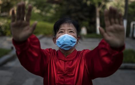 Trung Quốc chưa yên vì COVID-19 tái phát nhiều nơi trong nước
