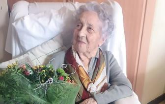 Cụ bà 113 tuổi vượt qua hai cuộc chiến tranh thế giới và cả COVID-19