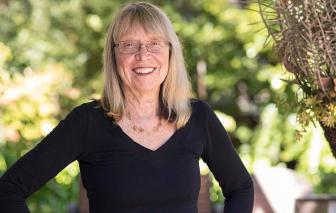 """""""Godmother của Thung lũng Silicon"""": Thẳm sâu là tiếng vọng bình quyền"""