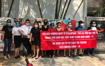 Thêm phụ huynh Trường quốc tế Singapore kéo đến trường đòi làm rõ học phí online