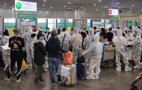 Đón 340 công dân Việt Nam mắc kẹt ở Nga do dịch bệnh COVID-19 về nước