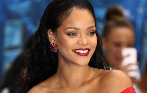 Rihanna là nghệ sĩ giàu thứ 3 tại Anh
