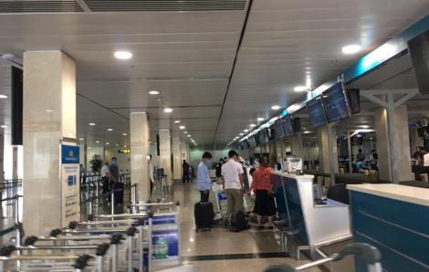 """""""Bắt chước"""" các hãng bay giá rẻ, Vietnam Airlines bán vé chưa đầy 600.000 đồng/chặng"""