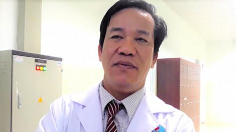 Giám đốc bệnh viện công phụ trách chuyên môn hai phòng khám tư nhân