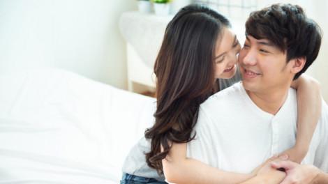 Lấy trai tân phải vất vả giữ chồng?