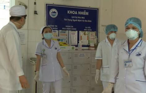 Số ca mắc COVID-19 tăng lên 318, một bệnh nhân nhập cảnh trái phép