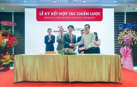 Saint-Gobain Việt Nam hợp tác cung cấp độc quyền giải pháp trần, tường thạch cao cho tổ hợp dự án Nam Long