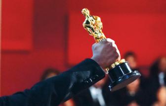 Xem xét hoãn Oscar 2021