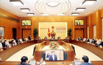 Ủy ban Thường vụ Quốc hội ban hành các Nghị quyết phê chuẩn nhân sự