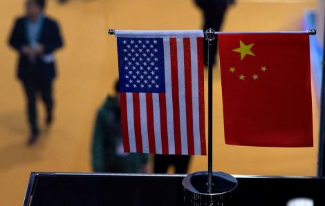 Thượng viện Mỹ thông qua dự luật chặn công ty Trung Quốc trên sàn chứng khoán
