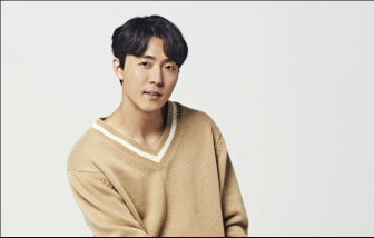 """Lee Moo Saeng bật mí chuyện hậu trường """"Thế giới hôn nhân"""""""