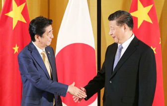 """Xung đột với Mỹ và Úc, Trung Quốc """"bắt tay"""" với Nhật Bản, Hàn Quốc"""