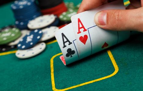 Khởi tố vụ đánh bạc có sự tham gia của nguyên Phó trưởng Công an phường