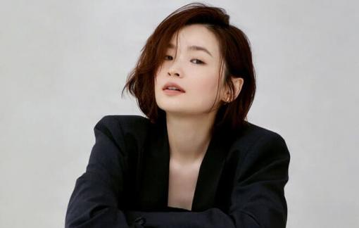 """Nữ chính Jeon Mi Do hé lộ hậu trường """"Chuyện đời bác sĩ"""""""