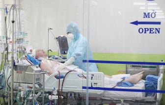 Bác sĩ Chợ Rẫy thông tin phi công Vietnam Airlines mắc COVID-19 nhiễm trùng phổi chưa khống chế được
