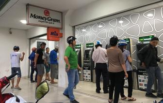 Tiền gửi của người dân trong tài khoản giảm mạnh