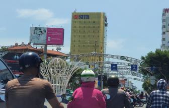 Chủ 2 cao ốc dát kính vàng tại Đà Nẵng bị phạt 80 triệu đồng