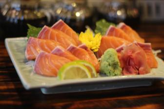 """Quán sushi giá mềm cho những """"tín đồ"""" ẩm thực Nhật"""