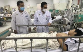 UBND TP chỉ đạo miễn phí điều trị cho tất cả các bé bị cổ thụ ngã đè nhập viện