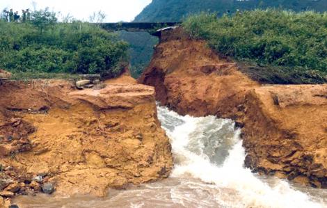 Vỡ đập thủy lợi ở Phú Thọ, nhiều hộ dân phải di tản khẩn cấp