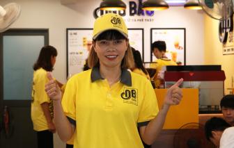 Cựu thủ môn tuyển nữ Việt Nam Kiều Trinh viết tiếp đam mê cùng cà phê Ông Bầu