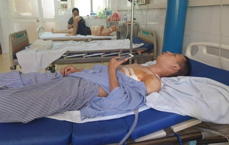 Nam sinh bị đâm thấu phổi khi ra tay nghĩa hiệp kể lại giây phút đối mặt kẻ cướp tiệm vàng