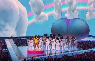Giải thưởng MTV tổ chức vào tháng 8, giới hạn hoặc không có khán giả
