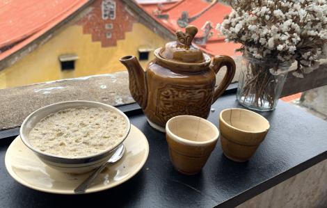 Nét văn hóa xưa cũ bên chén cà phê thuốc bắc