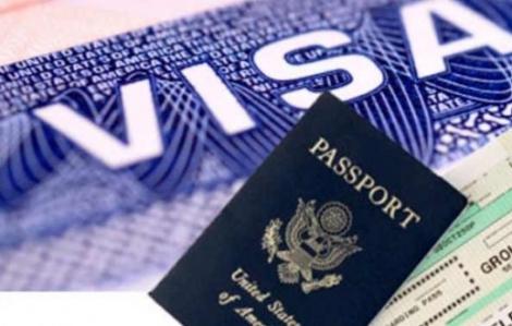 Từ hôm nay, nhiều loại hộ chiếu sẽ được gắn chíp điện tử