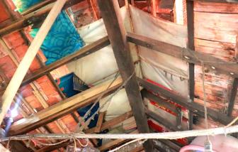 Dân Hà Nội nín thở trong những chung cư chờ sập