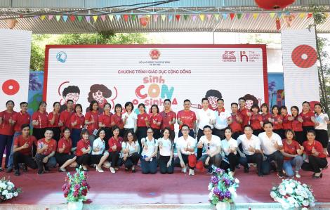 """Generali cùng Quỹ Bảo trợ trẻ em VN triển khai dự án giáo dục cộng đồng """"Sinh con, Sinh cha"""" đầu tiên tại Bắc Giang"""