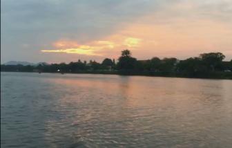 Sài Gòn nhìn từ sông