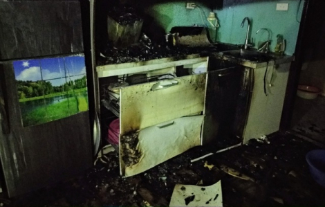 """Chuông báo cháy """"ngủ ngon"""" khi chung cư đang cháy"""