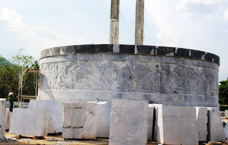 """Tượng đài 48 tỷ đồng ở Bình Định: """"Tước đoạt"""" quyền biểu đạt văn hóa của người Ba Na"""