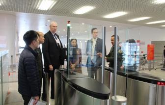 Công dân Việt Nam đến các nước miễn thị thực có thể xuất, nhập cảnh qua cổng kiểm soát tự động