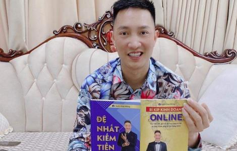 """""""Giang hồ mạng"""" Huấn Hoa Hồng bị phạt 17,5 triệu đồng vì xuất bản sách dạy kiếm tiền chui"""